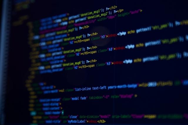 プログラミング中のモニタ